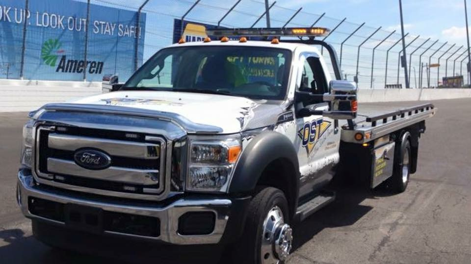 Towing/Heavy Hauling/Roadside Assistance/Lockouts-O'Fallon Shiloh Towing
